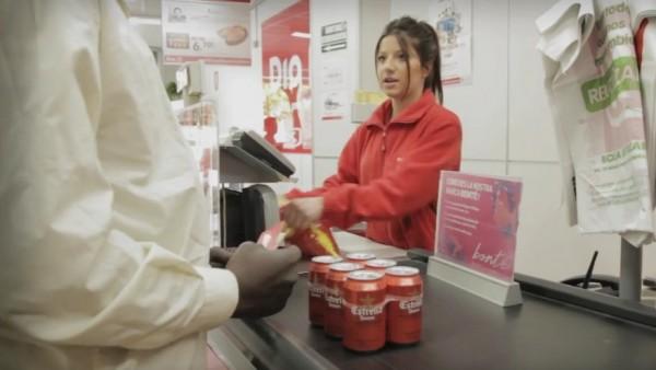 Ing lanza el 39 cash back 39 en espa a sus clientes podr n for Dinero maximo cajero