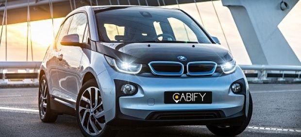 Cabify presenta su nueva categoría de eléctricos en Madrid