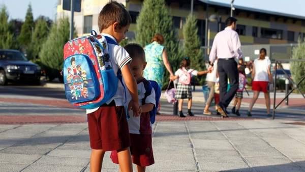 6da5ddee998fc La vuelta  al cole   ¿con o sin uniformes escolares en los colegios  públicos