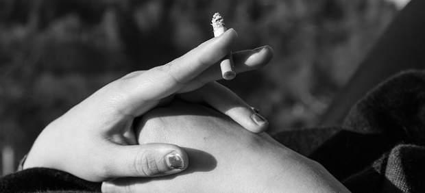 Tabaco, fumar, mujer