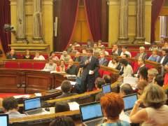 El Parlament vive la primera cuestión de confianza de su historia