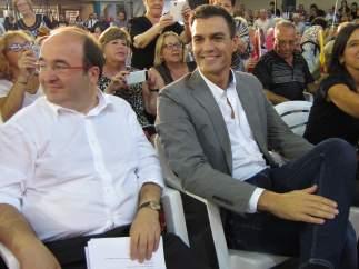 Pedro Sánchez y Miquel Iceta  (Archivo)