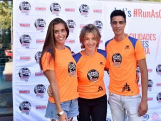 Acto de presentación de la Bimbo Global Energy con los deportistas Ona Carbonell y Joel González, y la directora de marketing de Bimbo, Mar Doñate.