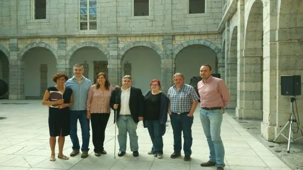Rueda de prensa de Podemos en el Parlamento de Cantabria