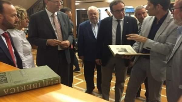 Josep Rull (consellera de Territorio) en el Observatorio del Ebro