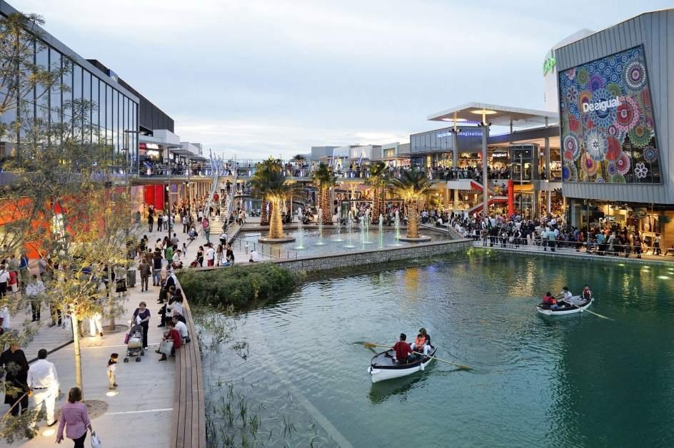 Starbucks y vips abrir n dos nuevos espacios en puerto venecia - Marco aldany puerto venecia ...