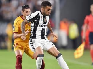 Alves y Escudero, Juventus - Sevilla