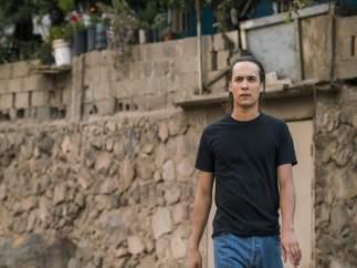 Frank Dillane es Nick Clark en Fear the Walking Dead