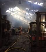 Incendio en una nave de Alfafar (Valencia)