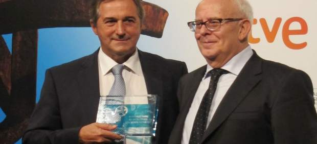 Eladio Jareño, director de TVE, y el presidente de FAPAE, Ramon Colom.