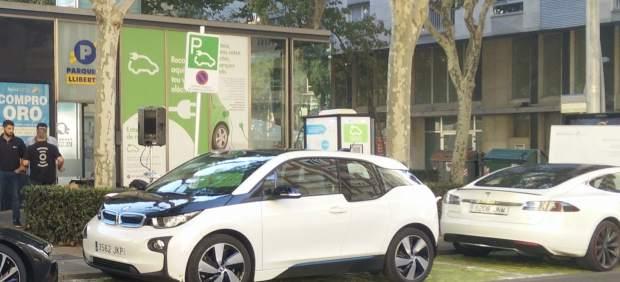 Punto de carga rápida para vehículos eléctricos en Reus (Tarragona)