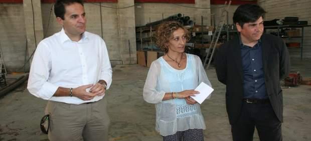 Llamas (dcha.), Espejo y Cuenda visitan las nuevas instalaciones
