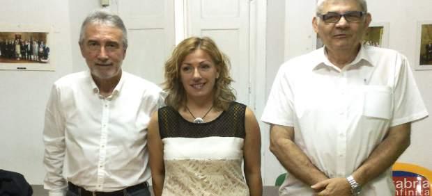 La alcaldesa y los portavoces de PSOE y PRC