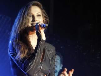Malú canta en la Feria de Almería