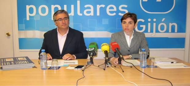 Pablo González y Enma Ramos.