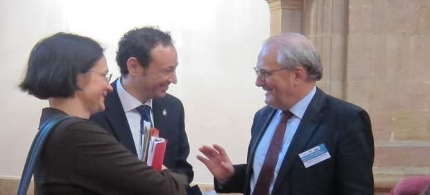 Francisco Fonseca (Dir. Gral Justicia y consumidores UE) y Guillermo Martínez