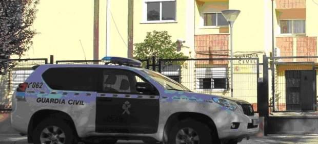 ' UN GUARDIA CIVIL FUERA DE SERVICIO DETIENE A UN JOVEN POR UN ROBO CON VIOLENCI