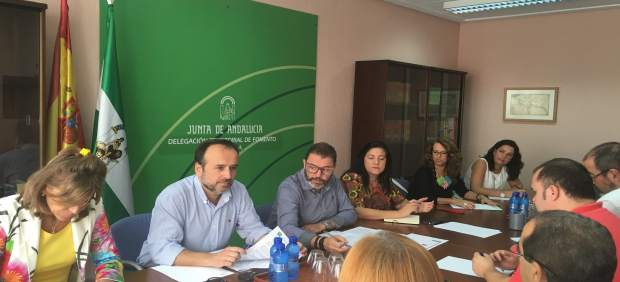 Comisión de seguimiento de las 60 viviendas de El Valle