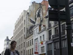 Un 'Banksy sexual' asalta Bruselas: un artista anónimo dibuja penes y vaginas gigantes en sus calles
