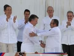 """Colombia y las FARC firman la paz: """"Hay una guerra menos en el mundo"""""""