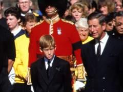 El príncipe Carlos temió ser asesinado en el funeral de Lady Di