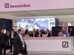 Deutsche Bank logra cerrar en tablas tras un nuevo derrumbe bursátil por los rumores de rescate