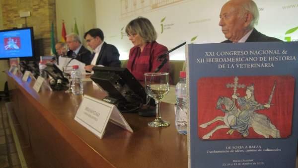 Presentación del libro de actas del Congreso Nacional de la Veterinaria