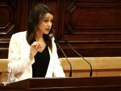 """Arrimadas cree que Mas hizo un """"clic ideológico"""" para """"tapar"""" la corrupción"""