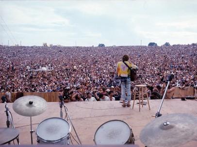 Henry Diltz, John Sebastian performing at Woodstock, 1969
