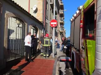 Intervención de los bomberos en la calle San Silvestre de Salamanca
