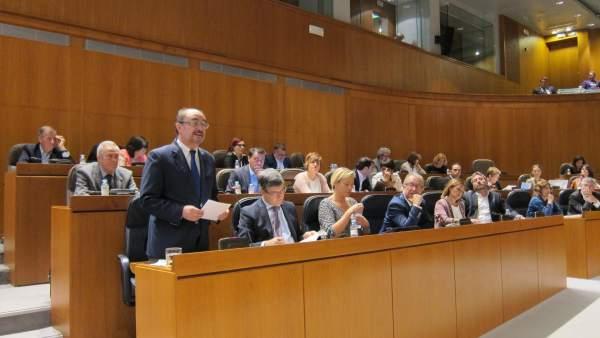 Lambán, en la sesión plenaria