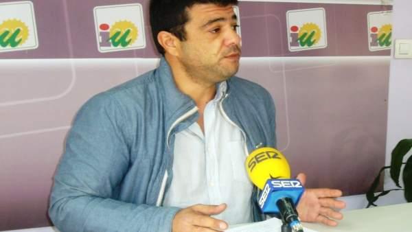 El portavoz de IULV-CA en Lepe (Huelva), Javier Valderas.