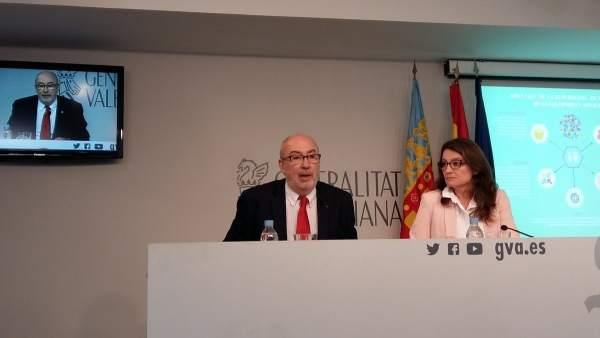 Manuel Alcaraz y Mónica Oltra en rueda de prensa
