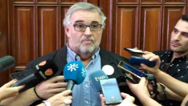 El coordinador de la Mesa del Ferrocarril, José Carlos Tejada
