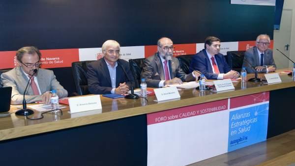 Dominguez inauguró el encuentro entre responsables de Navarra y La Rioja