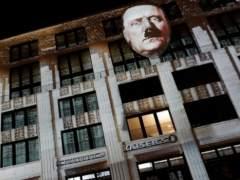 Berlín se enciende con el rostro de Hitler en un festival de luces
