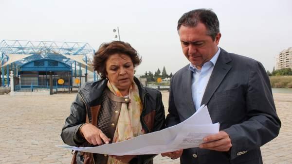 Carmen Castreño y Juan Espadas
