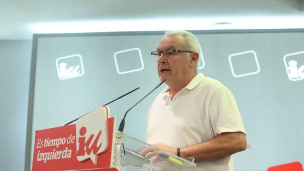 El coordinador federal de IU, Cayo Lara, da su última rueda de prensa en el carg