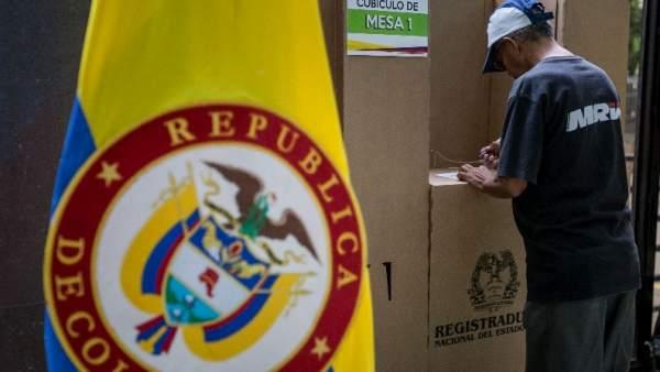 Colombia vota el acuerdo con las FARC