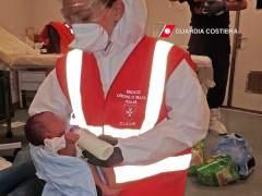 Inmigrantes rescatados en el Canal de Sicilia