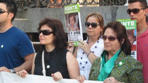 La madre de Ruth y José, Ruth Ortiz, en una concentración en Huelva.