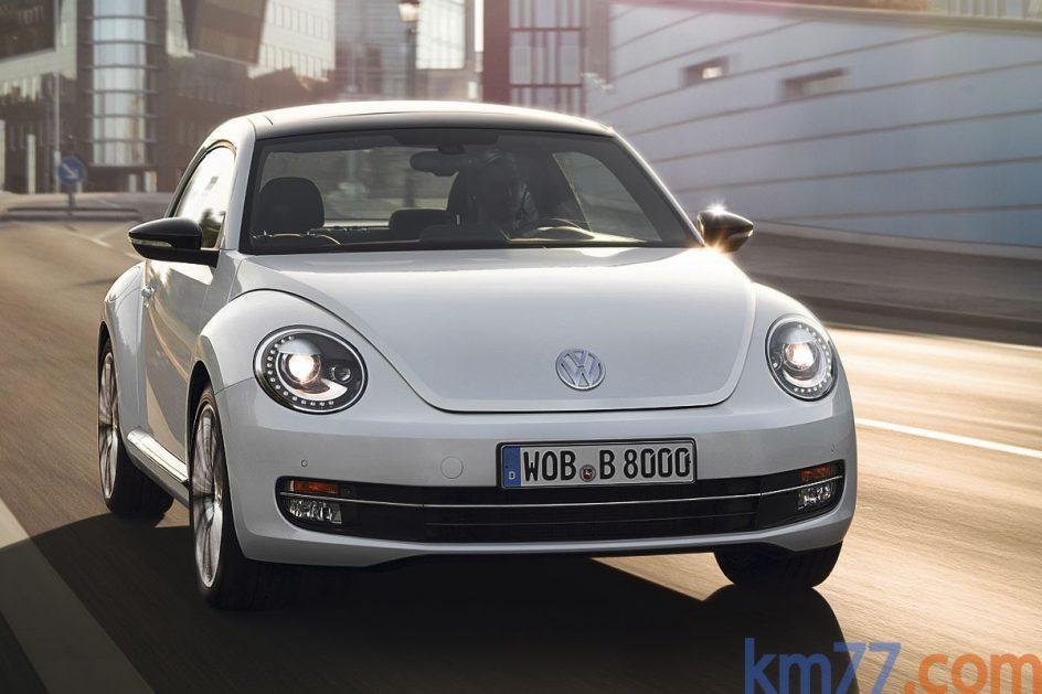 Volkswagen Beetle . El Volkswagen Beetle reemplazó al New Beetle en septiembre del año 2011.