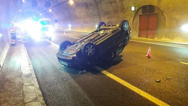 Accidente en el interior del túnel del Perdón
