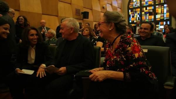 Gavasa, junto a Víctor Manuel y Ana Belén