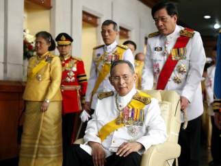 El rey de Tailandia Bhumibol Adulyadej