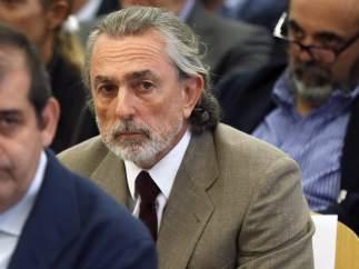 """Correa rechaza declarar sobre la 'caja B' del PP y el juez le afea que colabore """"a la carta"""""""
