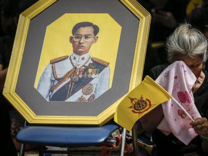 Tailandia llora a su rey
