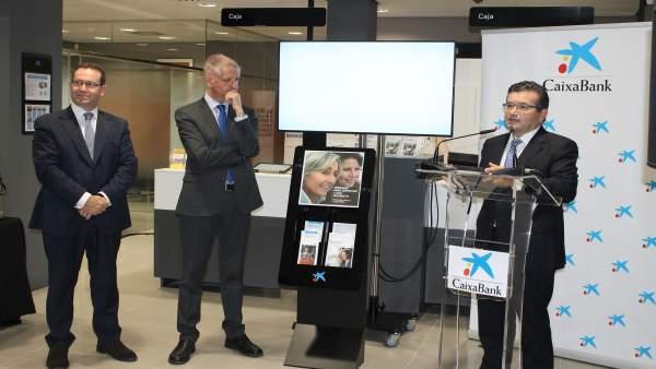 Caixabank abre la segunda oficina digitalizada de canarias en la orotava tenerife - Oficina de empleo tenerife ...