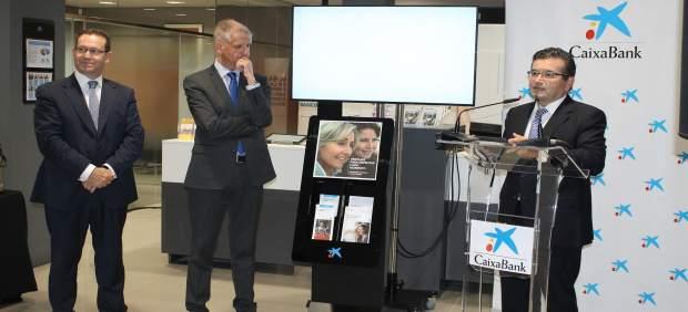 Caixabank abre la segunda oficina digitalizada de canarias for Caixabank oficinas