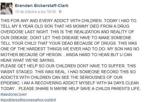 Mensaje de un padre que dice a su hijo que su madre ha muerto por sobredosis